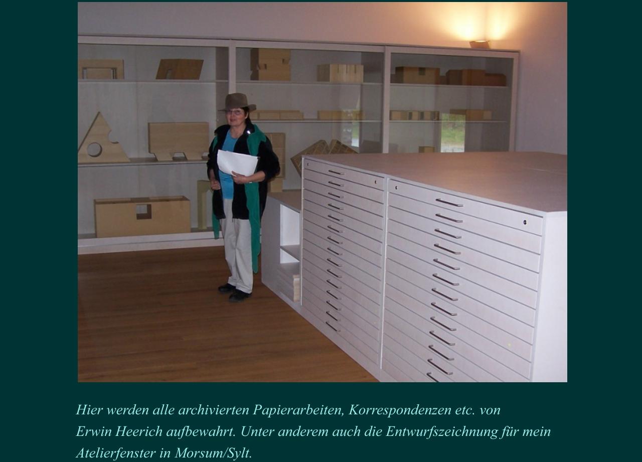 Galeriefoerderer und Besucher 8
